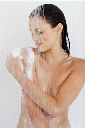 Cropped shot of beautiful nude woman showering. Stock Photo - Rights-Managed, Code: 847-02782844