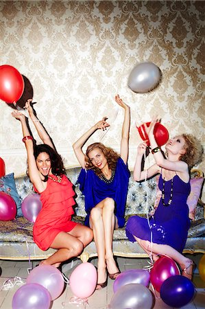 Group of three fun females Stock Photo - Rights-Managed, Code: 847-03227448