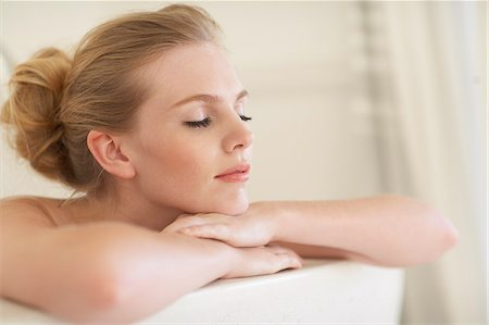 Gorgeous woman in the bath Stock Photo - Rights-Managed, Code: 847-03719485