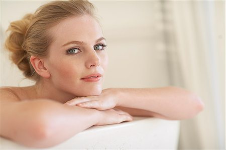 Gorgeous woman in the bath Stock Photo - Rights-Managed, Code: 847-03719486