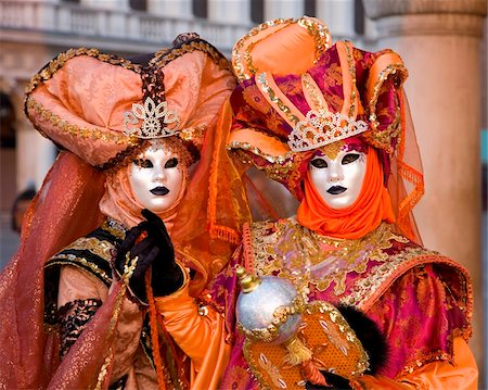 Masked carnival characters in costume, Piazzetta San Marco, San Marco district, Venice, Veneto, Italy, Europe Stock Photo - Rights-Managed, Code: 841-05781586