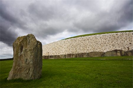 prehistoric - Ancient Burial Mound, Newgrange, UNESCO World Heritage Site, County Meath, Republic of Ireland (Eire), Europe Stock Photo - Rights-Managed, Code: 841-05782150