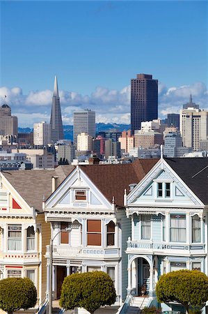 The famous Painted Ladies, well maintained old Victorian houses on Alamo Square, with the skyscrapers of the Financial district beyond, San Francisco, California, United States of America, North America Stock Photo - Rights-Managed, Code: 841-05782414