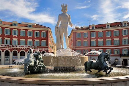 placing - Fontaine du Soleil (Fountain of the Sun), Place Massena, Nice, Alpes Maritimes, Provence, Cote d'Azur, French Riviera, France, Europe Stock Photo - Rights-Managed, Code: 841-05846385