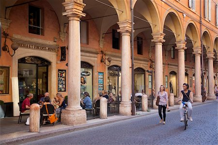 Arcades, Modena, Emilia Romagna, Italy, Europe Stock Photo - Rights-Managed, Code: 841-05847881