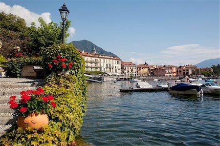 Town and lakeside, Menaggio, Lake Como, Lombardy, Italian Lakes, Italy, Europe Stock Photo - Rights-Managed, Code: 841-05847952