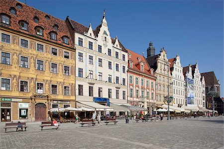 Colourful architecture, Market Square, Old Town, Wroclaw, Silesia, Poland, Europe Stock Photo - Rights-Managed, Code: 841-05847987