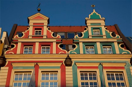 Colourful facades, Market Square, Old Town, Wroclaw, Silesia, Poland, Europe Stock Photo - Rights-Managed, Code: 841-05848067