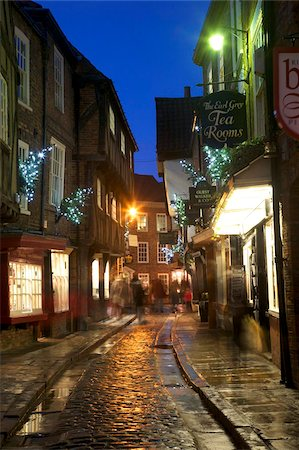 The Shambles at Christmas, York, Yorkshire, England, United Kingdom, Europe Stock Photo - Rights-Managed, Code: 841-05848482