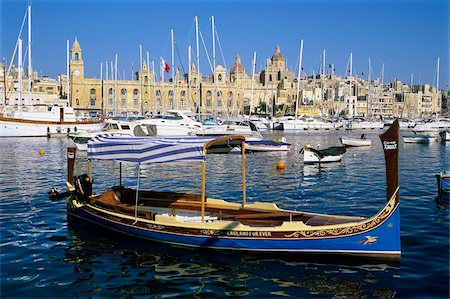 View across Dockyard Creek to Maritime Museum on Vittoriosa with traditional boat, Senglea, Malta, Mediterranean, Europe Stock Photo - Rights-Managed, Code: 841-05848549