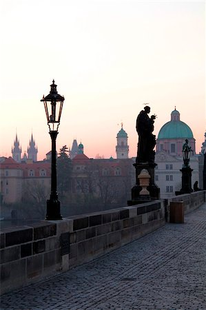 Charles Bridge, UNESCO World Heritage Site, Old Town, Prague, Czech Republic, Europe Stock Photo - Rights-Managed, Code: 841-05960250