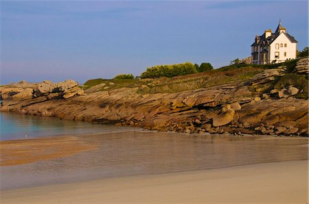 House above spectacular rocks along the Cote de Granit Rose (Pink Granite Coast) at Ploumanach, Cotes d'Armor, Brittany, France, Europe Stock Photo - Rights-Managed, Code: 841-05960593