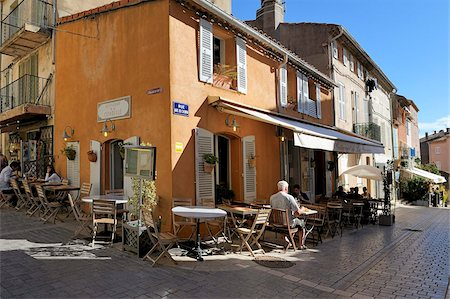 street cafe day - Back street restaurants, St. Tropez, Var, Provence, Cote d'Azur, France, Europe Stock Photo - Rights-Managed, Code: 841-05961906