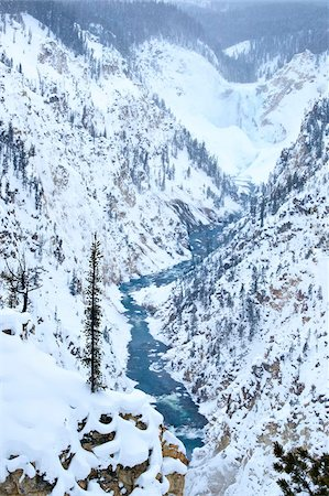 Artists Point of Grand Canyon Yellowstone in winter, Yellowstone National Park, UNESCO World Heritage Site, Wyoming, United States of America, North America Stock Photo - Rights-Managed, Code: 841-05962871