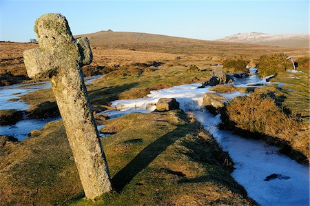 dartmoor national park - Ancient cross in winter, Whitchurch Common, Dartmoor National Park, Devon, England, United Kingdom, Europe Stock Photo - Rights-Managed, Code: 841-06030645