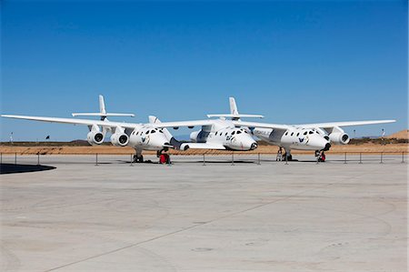spaceship - Virgin Galactic's White Knight 2 with Spaceship 2 on the runway at the Virgin Galactic Gateway, Upham, New Mexico, United States of America, North America Stock Photo - Rights-Managed, Code: 841-06030775