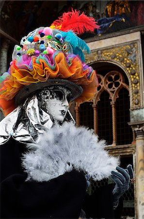 Masked figure in costume at the 2012 Carnival, Venice, Veneto, Italy, Europe Stock Photo - Rights-Managed, Code: 841-06030935