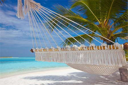 Hammock on tropical beach, Maldives, Indian Ocean, Asia Stock Photo - Rights-Managed, Code: 841-06031399