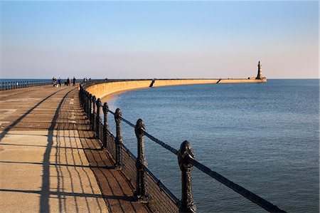 Roker Pier and Lighthouse, Sunderland, Tyne and Wear, England, United Kingdom, Europe Stock Photo - Rights-Managed, Code: 841-06033224