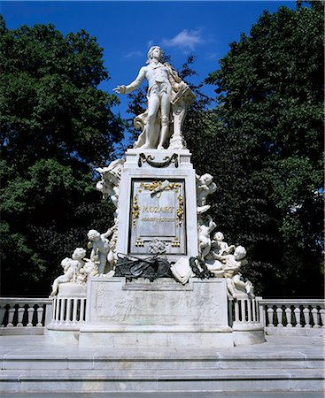 Statue of Mozart, Vienna, Austria, Europe Stock Photo - Rights-Managed, Code: 841-06033231
