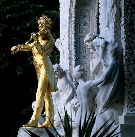 Statue of Johann Strauss, Stadtpark, Vienna, Austria, Europe Stock Photo - Rights-Managed, Code: 841-06033252