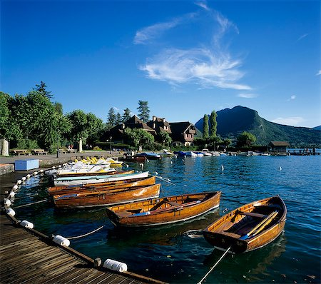 Rowing boats along lake shore, Talloires, Lake Annecy, Rhone Alpes, France, Europe Stock Photo - Rights-Managed, Code: 841-06033479