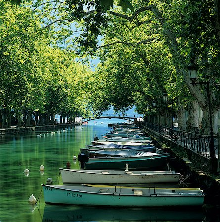 Boats along canal, Annecy, Lake Annecy, Rhone Alpes, France, Europe Stock Photo - Rights-Managed, Code: 841-06033473