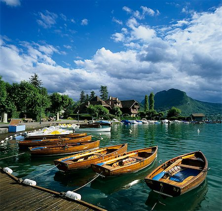 Rowing boats along lake shore, Talloires, Lake Annecy, Rhone Alpes, France, Europe Stock Photo - Rights-Managed, Code: 841-06033505