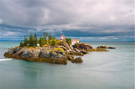 East Quoddy (Head Harbour) Lighthouse, Campobello Island, New Brunswick, Canada, North America Stock Photo - Rights-Managed, Code: 841-06344233