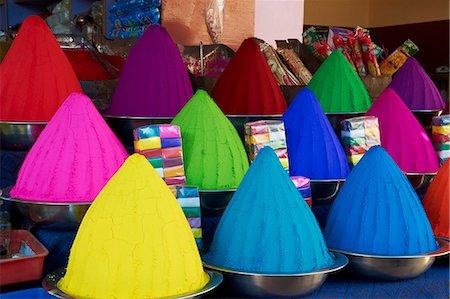 Coloured powders for sale, Devaraja market, Mysore, Karnataka, India, Asia Stock Photo - Rights-Managed, Code: 841-06344665