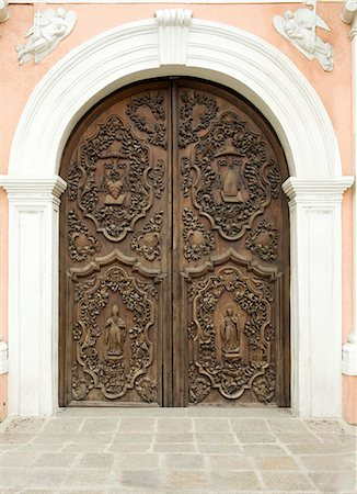 Door of San Augustin church, the oldest church in Manila dating from 1607, which survived American bombing, UNESCO World Heritage Site, Philippines, Southeast Asia, Asia Stock Photo - Rights-Managed, Code: 841-06341357