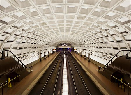 Foggy Bottom Metro station platform, part of the Washington D.C. metro system, Washington D.C., United States of America, North America Stock Photo - Rights-Managed, Code: 841-06342089