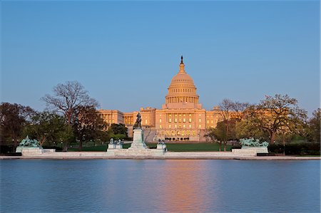 Ulysses S. Grant Memorial and United States Capitol Building showing current renovation work on the dome, Washington D.C., United States of America, North America Stock Photo - Rights-Managed, Code: 841-06342095