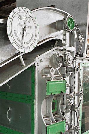 Glenburn Tea Factory, near Darjeeling, West Bengal, India, Asia Stock Photo - Rights-Managed, Code: 841-06445614
