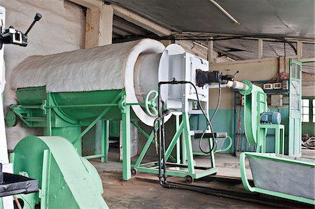 Glenburn Tea Factory, near Darjeeling, West Bengal, India, Asia Stock Photo - Rights-Managed, Code: 841-06445615