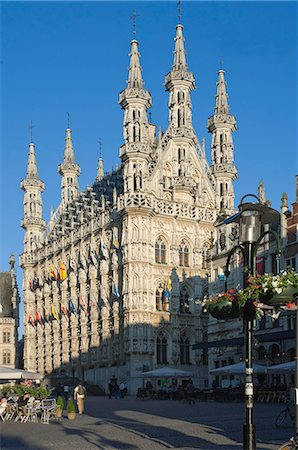placing - The 15th century late Gothic Town Hall in the Grote Markt, Leuven, Belgium, Europe Stock Photo - Rights-Managed, Code: 841-06446274