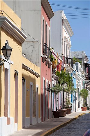 The colonial town, San Juan, Puerto Rico, West Indies, Caribbean, United States of America, Central America Stock Photo - Rights-Managed, Code: 841-06446997