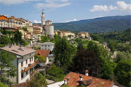 View of town and Duomo of San Martino, Belluno, Province of Belluno, Veneto, Italy, Europe Stock Photo - Rights-Managed, Code: 841-06448986