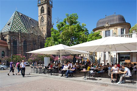 Cafe and Duomo, Walther Platz, Bolzano, Bolzano Province, Trentino-Alto Adige, Italy, Europe Stock Photo - Rights-Managed, Code: 841-06449008