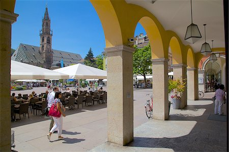 Cafe and Duomo, Walther Platz, Bolzano, Bolzano Province, Trentino-Alto Adige, Italy, Europe Stock Photo - Rights-Managed, Code: 841-06449016