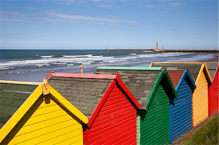 simsearch:400-04638538,k - Beach huts at Whitby Sands, Whitby, North Yorkshire, Yorkshire, England, United Kingdom, Europe Stock Photo - Rights-Managed, Code: 841-06449086