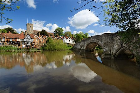 Village and medieval bridge over the River Medway, Aylesford, near Maidstone, Kent, England, United Kingdom, Europe Stock Photo - Rights-Managed, Code: 841-06449573