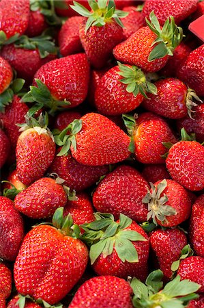 strawberries - Strawberries for sale at the Sunday morning market, Pollenca, Tramuntana, Mallorca, Balearic Islands, Spain, Europe Stock Photo - Rights-Managed, Code: 841-06449814