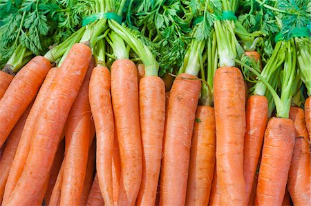 Carrots for sale at the Sunday morning market, Pollenca, Tramuntana, Mallorca, Balearic Islands, Spain, Europe Stock Photo - Rights-Managed, Code: 841-06449815