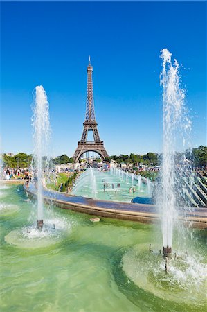 Eiffel Tower and the Trocadero Fountains, Paris, France, Europe Stock Photo - Rights-Managed, Code: 841-06500066