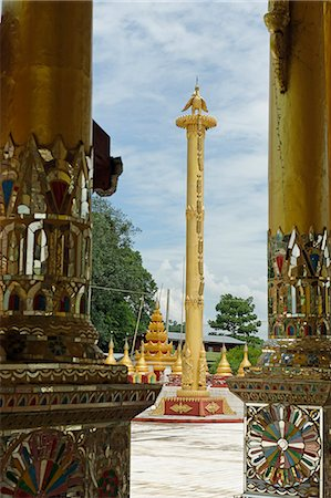 The Bawgyo Pagoda in Thibaw (Hsipaw), Shan State, Republic of the Union of Myanmar (Burma), Asia Stock Photo - Rights-Managed, Code: 841-06500225