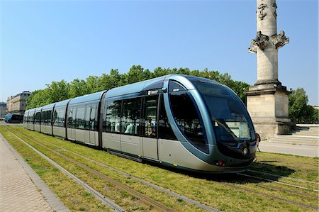 Tram on Quai Louis XVIII, Esplanade Des Quinconces, Bordeaux, Gironde, Aquitaine, France, Europe Stock Photo - Rights-Managed, Code: 841-06501047