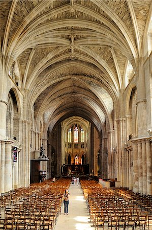 Interior of Cathedrale Saint Andre (St. Andrews Cathedral), Bordeaux, UNESCO World Heritage Site, Gironde, Aquitaine, France, Europe Stock Photo - Rights-Managed, Code: 841-06501065