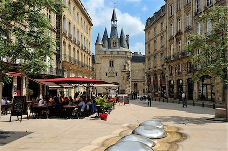 street cafe day - View of Porte Cailhau from Place de Palais, Bordeaux, UNESCO World Heritage Site, Gironde, Aquitaine, France, Europe Stock Photo - Rights-Managed, Code: 841-06501060