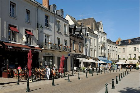 Alfresco cafes, Place Michel Debre, Amboise, UNESCO World Heritage Site, Indre-et-Loire, Centre, France, Europe Stock Photo - Rights-Managed, Code: 841-06501079